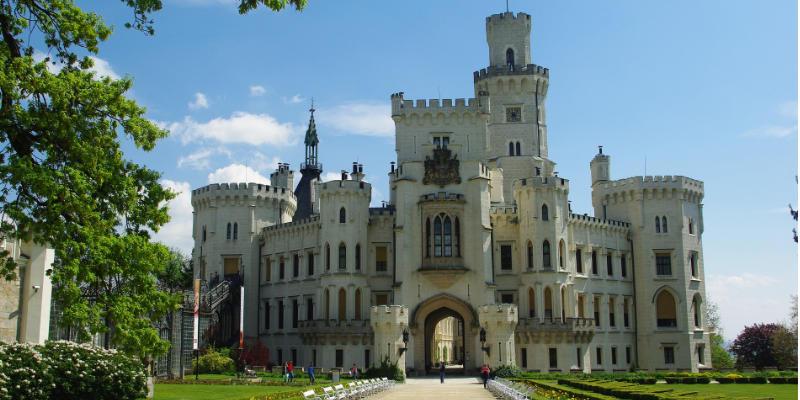 hluboká kasteel