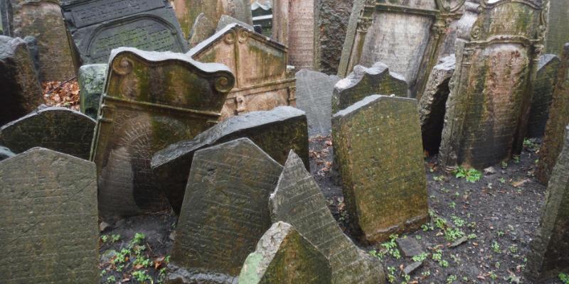 Oude Joodse begraafplaats van Praag