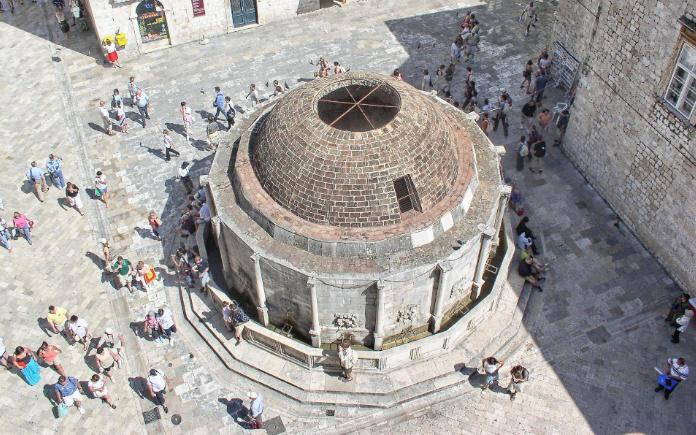 Fontein van Onofrio - Bezienswaardigheden Dubrovnik