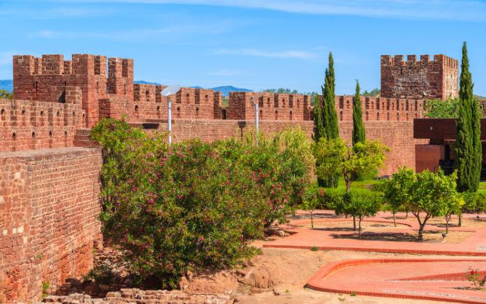 het Silves kasteel van Portugal