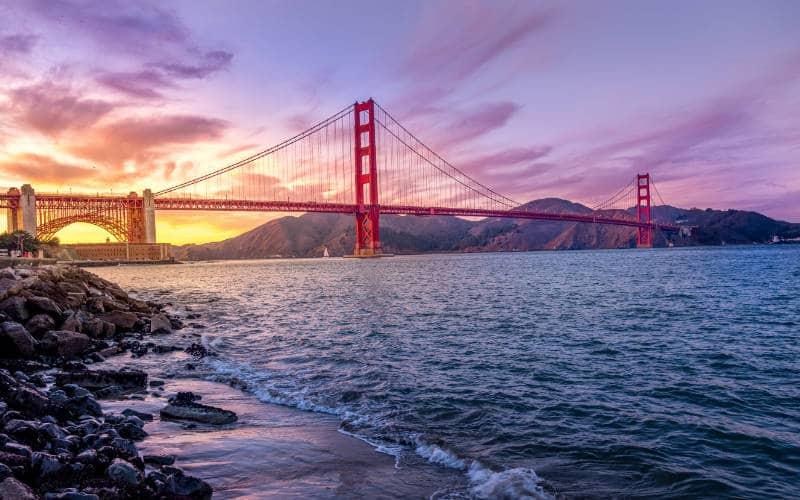 Prachtige landschappen, afgewisseld met prachtige steden: de Pacific Coast route.