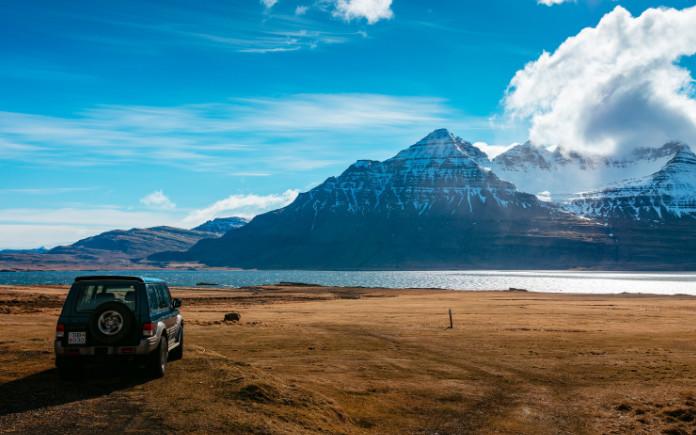welke auto huren ijsland