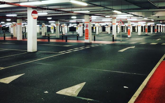 charleroi luchthaven parkeren