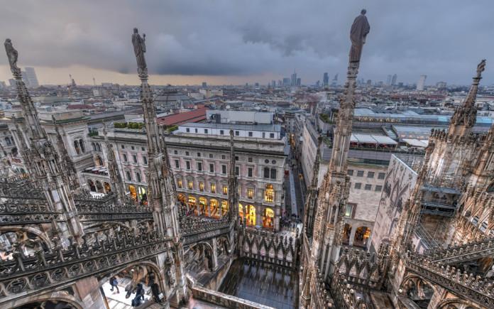 dom van Milaan bezoeken dak