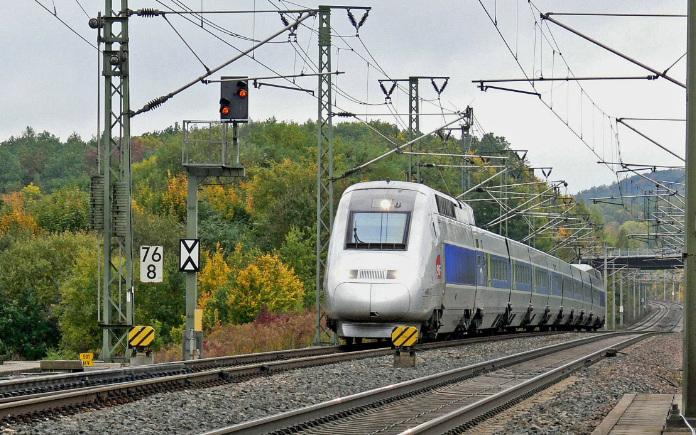 trein alternatief huurauto Nice